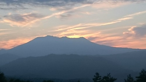 キビオ峠で夕焼け鑑賞。きのこちゃんはお留守番