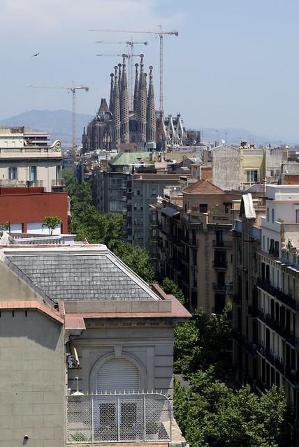 Casa Milà - Sagrada Familia & Passeig de Gracia