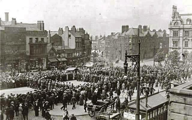 Preston Pals, Flag Market September 1914