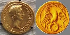 Octavian HCRI 435 Aureus Octavian right Eagle facing on wreath AVGVSTVS