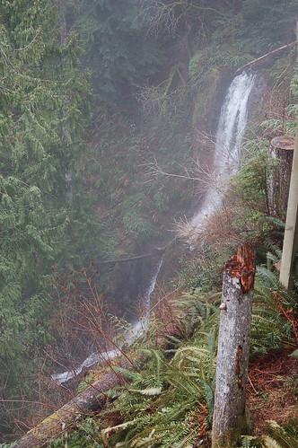 waterfall washington clarkcounty lakemerwincampershideaway lmch