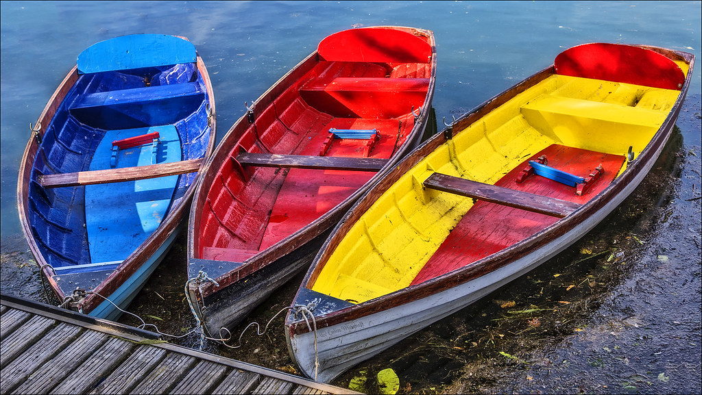 three row boats | Colin Mitchell | Flickr