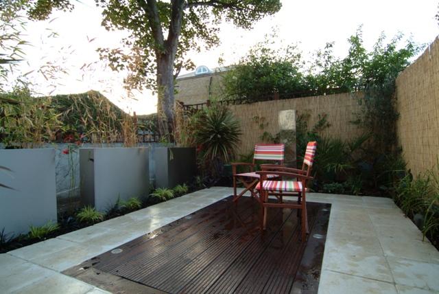 The Low Maintenance Courtyard Garden Garden By Earth