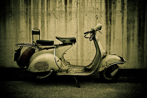 Vespa VL3T 1956 by garagerocker