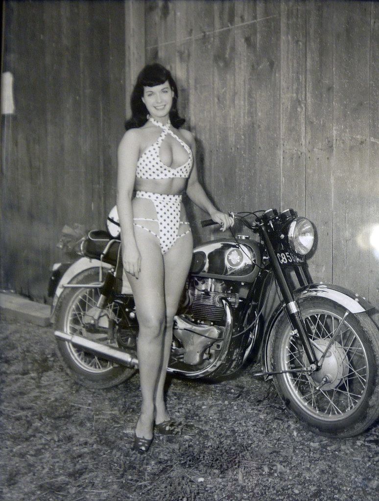 Betty Page Nude Photos 81