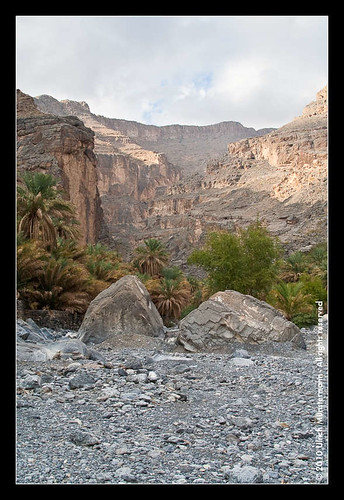 mountains rock river gulf middleeast canyon riverbed oman wadi rivier alhamra flus ghul jebelshams alhajarmountains addakhiliyahregion منطقةالداخلية addakhiliyah