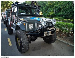4x4 Borneo Safari 2009 Flag off - Suzuki 4x4 SJ