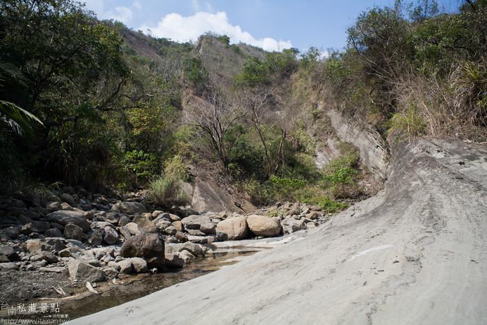 台南私藏景點--關山千層岩瀑布、幽情瀑布 (12)