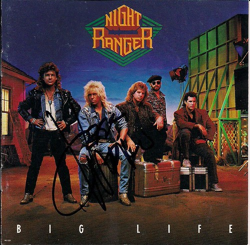 12/13/02 Night Ranger/Knight Crawler @ Maplewood, MN (Big Life CD Booklet Autogrophed by Jeff Watson)