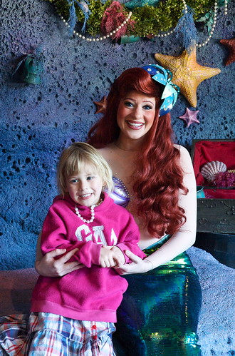 Jessica meets Ariel in person