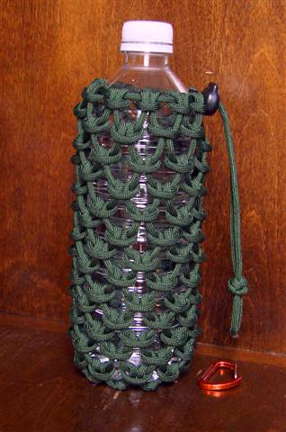Paracord pouch for a 0 5 liter water bottle a photo on for How to make a paracord utility pouch