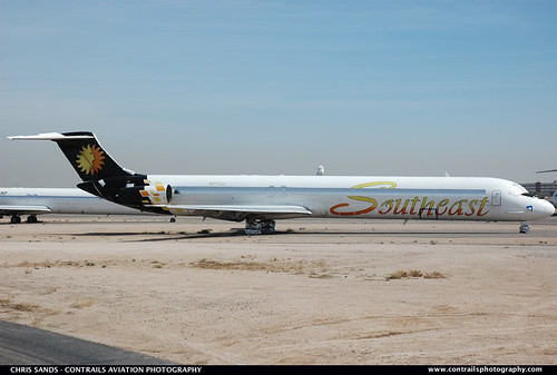 Southeast Airlines MD83 N374GE