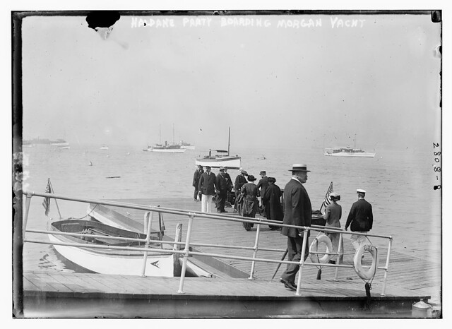 Haldane party boarding Morgan yacht (LOC) by The Library of Congress
