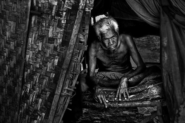 Andong Village, Phnom Penh - Waiting for Death