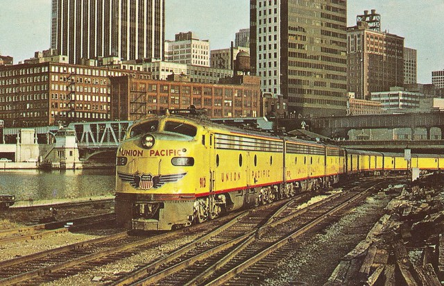 """UP0003 Milwaukee Road train No. 103, the combined """"Cities of Los Angeles-Portland-Denver"""" or nicknamed the """"City of Everywhere"""" departs Lake and Canal Street, Chicago behind Union Pacific E9 No. 912 for the last run on April 30, 1971 (John A. Kirchner)"""
