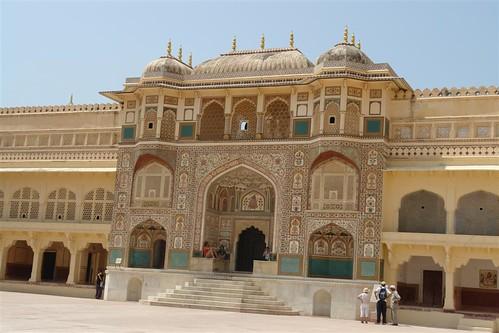 Ganesh Pol, una puerta que muestra el esplendor que tuvo la ciudad. fuerte amber, una de las siete maravillas de la india - 4143456056 6cef496637 - Fuerte Amber, una de las siete maravillas de la India