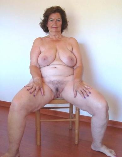 Anal widow susanne - 3 3