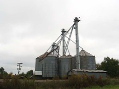 building(0.0), windmill(0.0), mill(0.0), mast(0.0), wind(0.0), tower(0.0), silo(1.0),