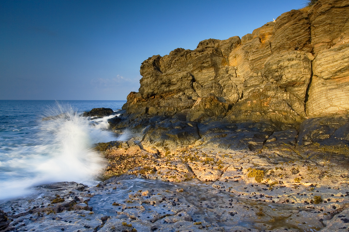 Maalaea Rocks