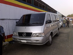 commercial vehicle(0.0), mercedes-benz viano(0.0), mercedes-benz v-class(0.0), compact car(0.0), automobile(1.0), van(1.0), sport utility vehicle(1.0), vehicle(1.0), minivan(1.0), mercedes-benz(1.0), minibus(1.0), mercedes-benz vito(1.0), bumper(1.0), land vehicle(1.0), luxury vehicle(1.0), bus(1.0),