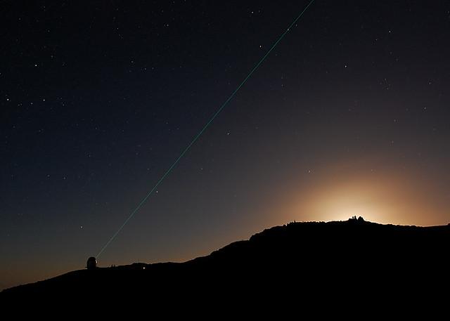 laser 2, Nikon D40, AF-S Nikkor 17-35mm f/2.8D IF-ED