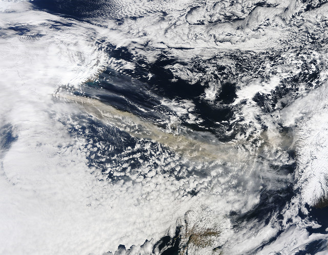 NASA'S Terra Satellite Captures Ash Plume of Icelandic Volcano