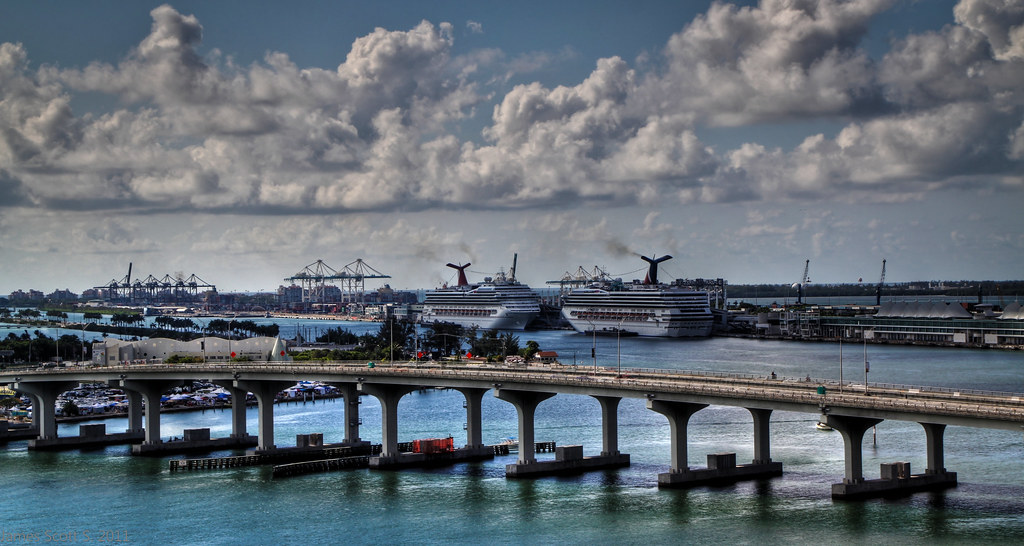 Elevation Of Biarritz Dr Miami Beach Fl Usa Maplogs