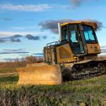 Photographie d'un tracteur composée de 6 expositions différentes afin d'étudier les techniques d'imagerie à large-gamme.