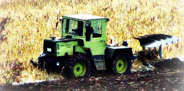 mb trac power beim pfl gen traktor mercedes benz. Black Bedroom Furniture Sets. Home Design Ideas
