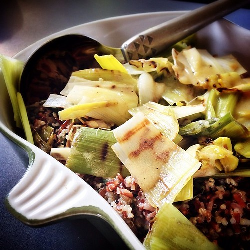 Griddled leeks with quinoa, wild rice and mustard dressing. Nice recipe via the @riverford box.