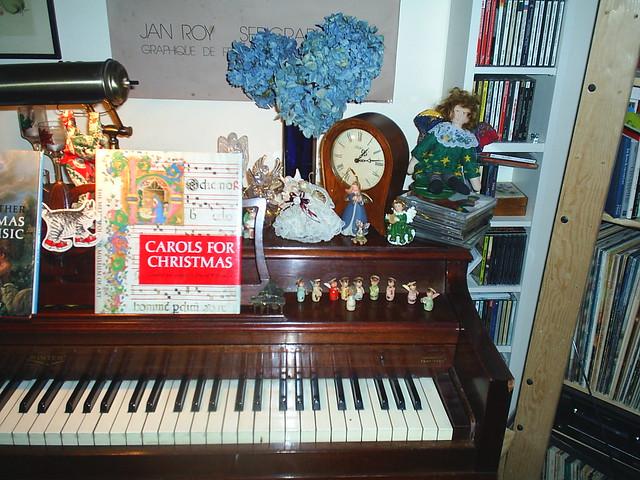 Decorating Ideas > Piano, Holiday Decorations, Previous Year Or So  ~ 062026_Christmas Decoration Ideas Piano