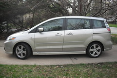3 best cheap minivans for sale buy a used car car auto. Black Bedroom Furniture Sets. Home Design Ideas