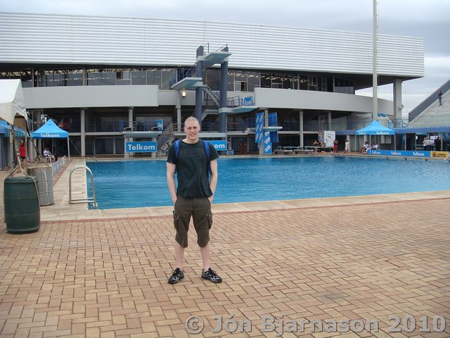 Pál uttan fyri Kings Park Aquatic Center