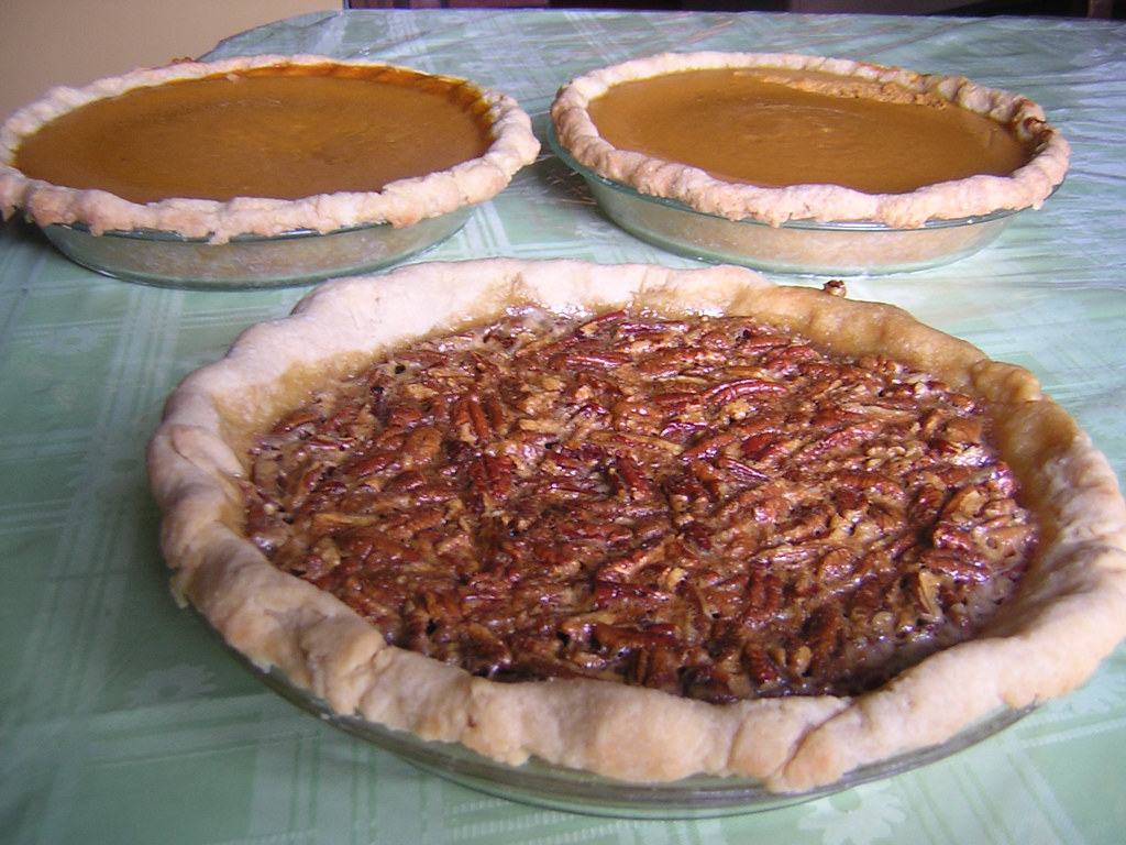 Thanksgiving Pies- Pecan and Pumpkin