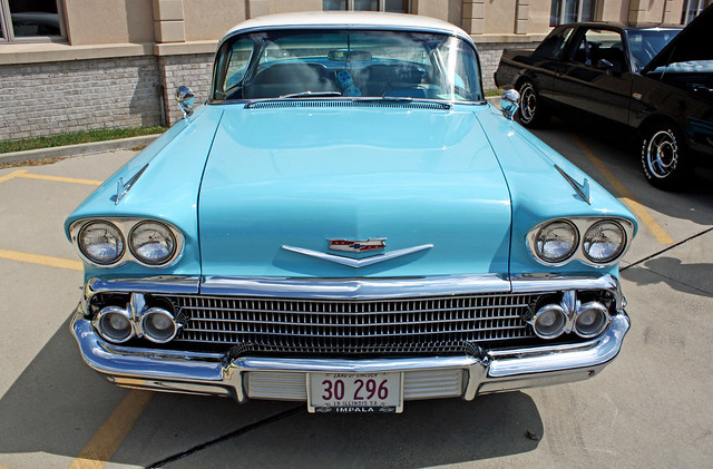 1958 Chevrolet Bel Air Impala Sport Coupe (2 of 12)