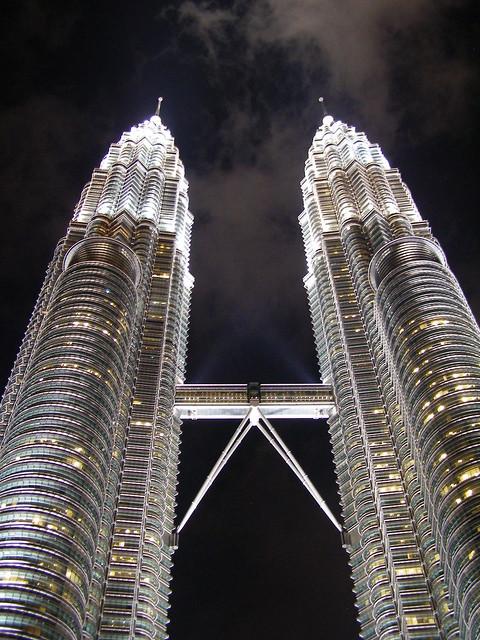 双子塔夜景