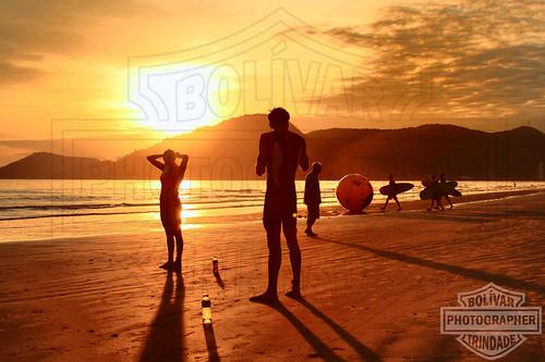 santa sol brasil backlight sunrise contraluz bolivar radical triathlon catarina camboriu nascente foco trindade silhueta balneario preparação duetos