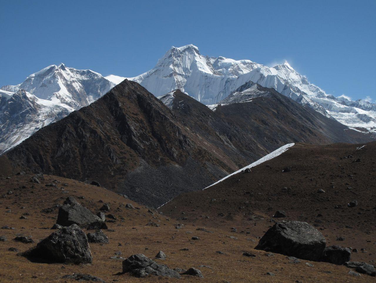 2009-10-20 (09) Gangkhar Puensum (7570m)