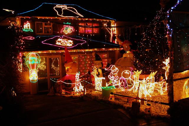 4168864119 d3076e8789 z crazy christmas houses