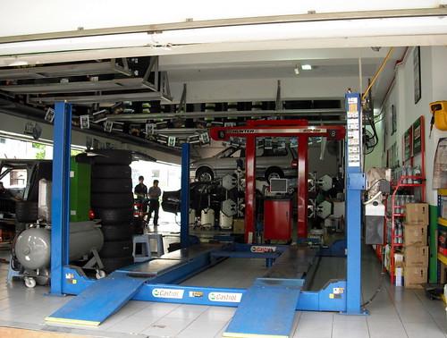 autos verkehr malaysia werkstätten workstations kfz pkw reparatur