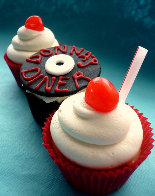 1950s themed cupcakes