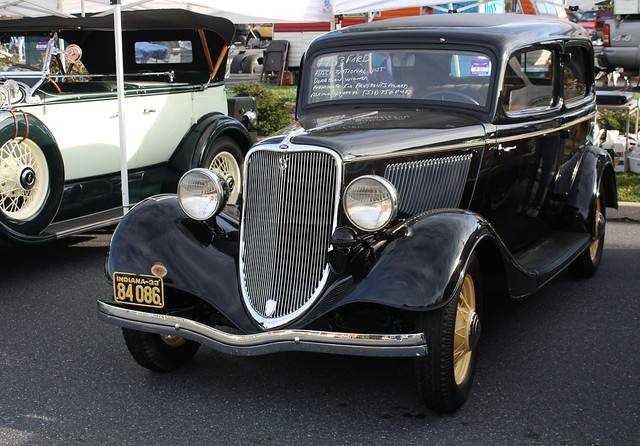 1933 ford v 8 2 door coach a photo on flickriver for 1933 ford 4 door sedan
