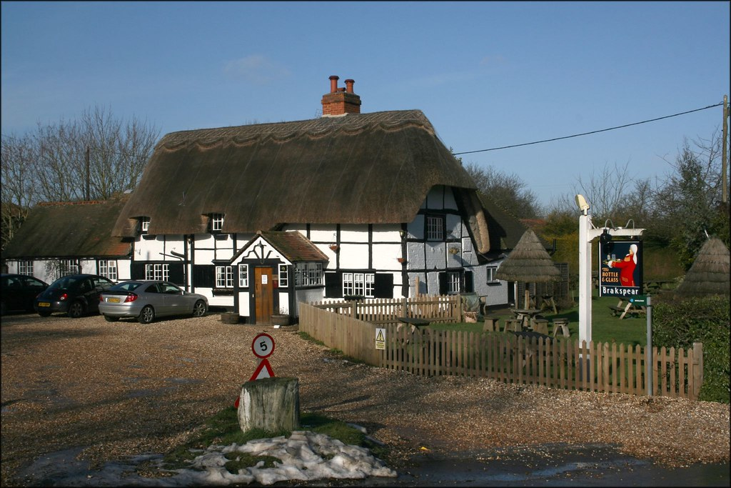 The Bottle and Glass Inn, Binfield Heath