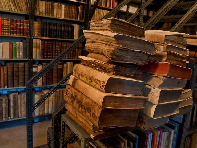 """Biblioteca do Mosteiro de Samos, """"historia mollada"""""""