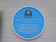 Photo of Edmund Clifton Stoner blue plaque