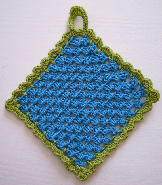 Crochet Patterns for Potholders, Oven Mitts and Trivets
