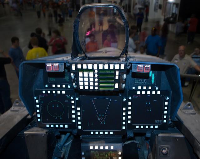 22 Cockpit   Fli...F 22 Cockpit