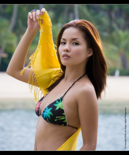 portrait beach beautiful 35mm asian model nikon singapore pretty portraiture 1855mm pinay filipina sentosa palawanbeach sentosabeach d40 asianmodel akisha singaporeimages filipinamodel nikond40 pinaymodel lemz