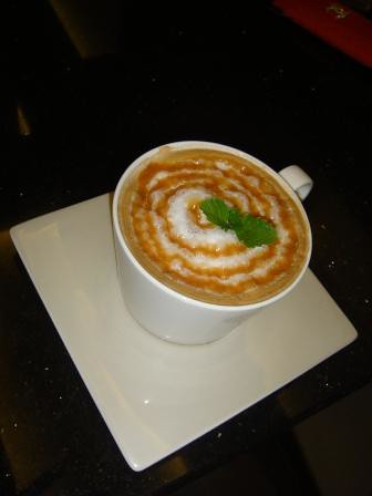 caramel laatte coffee