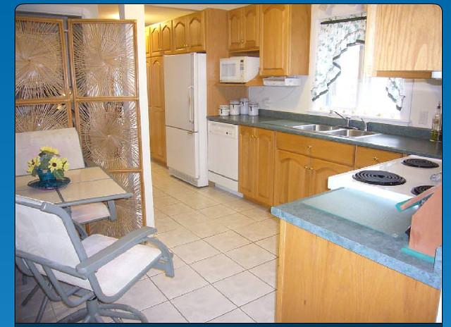 Leaman 08 Kitchen